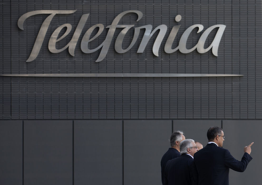 Telefonica anuncia plan de colaboracion con Intel y Red Hat