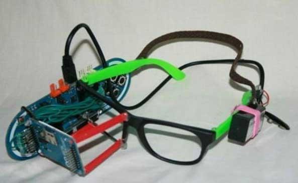 Un niño de 13 años fabrica sus propias Google Glass caseras