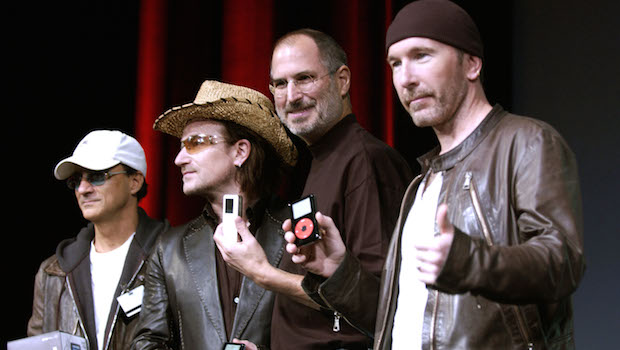 Apple y U2: Bono cumple la promesa de Steve Jobs en iTunes