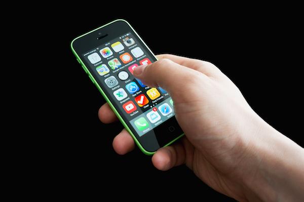 iPhone 5C, Apple paralizaría su producción en el 2015