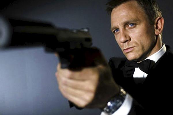 La productora de James Bond rechaza la millonaria oferta de patrocinio de Sony