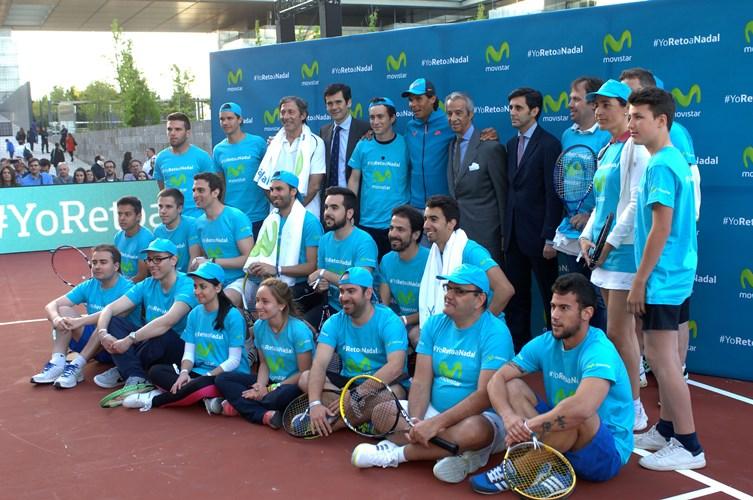 Telefónica celebra un partido de tenis entre sus clientes y Rafa Nadal