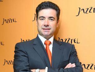 Orange mantiene al máximo directivo de Jazztel