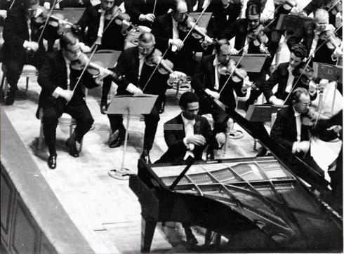 Hazen, especialistas en pianos desde 1814