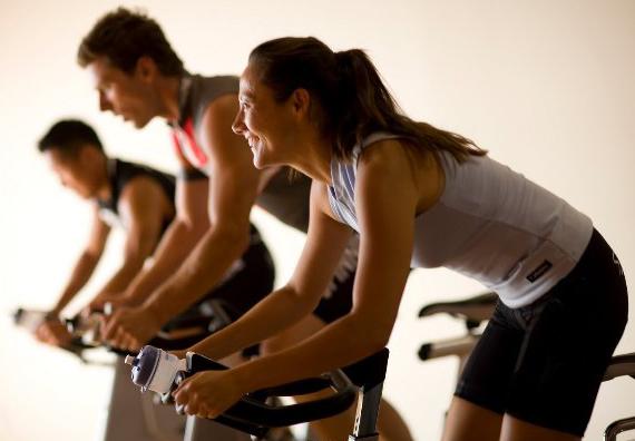 Los beneficios de las bicicletas estáticas para la fibromialgia