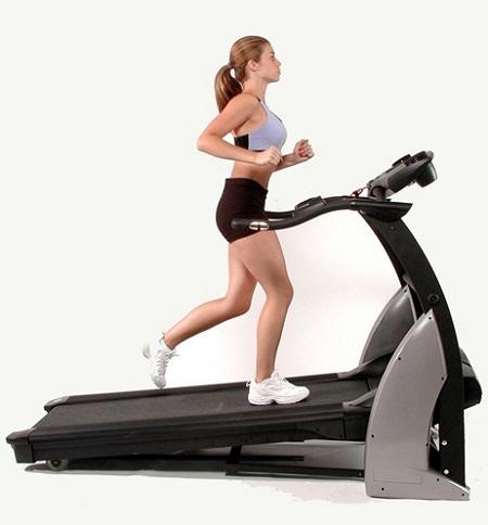 Inclinación en cintas de correr: mejora tu entrenamiento