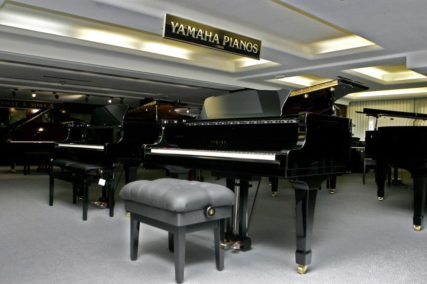 Hazen lanza nuevas ofertas en pianos de cola