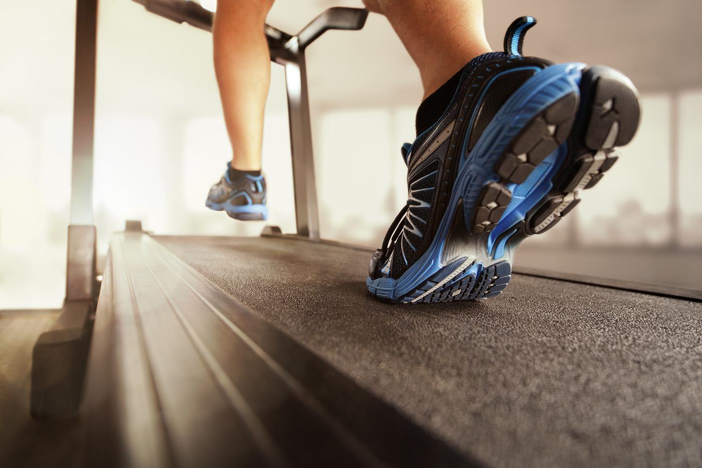 Las cintas de correr son las máquinas de gimnasio que más calorías queman