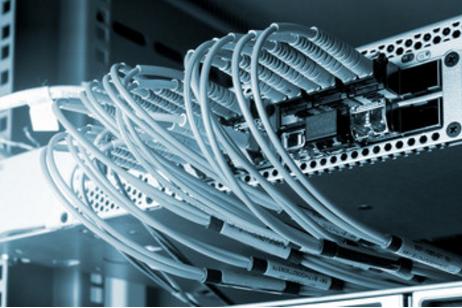 Telefónica ampliará su red de fibra óptica en España