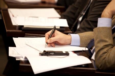 El Ministerio de Asuntos Exteriores convoca oposiciones para traductor oficial e intérprete