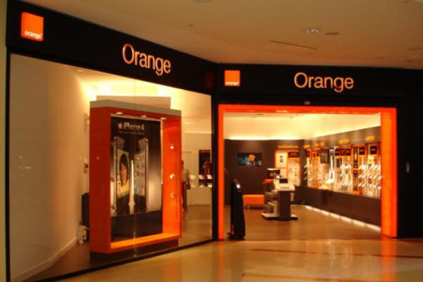 Orange incrementó un 70% su tráfico de datos en Navidad