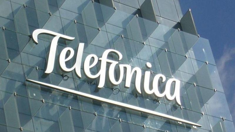 Telefónica firma acuerdo con Tutela para mejorar experiencia móvil de usuarios