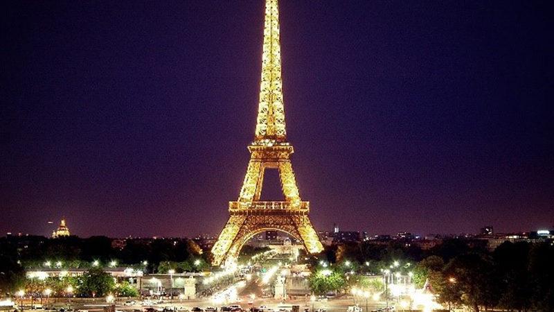 Sanitarios Roca, 4 años presentes en la Torre Eiffel