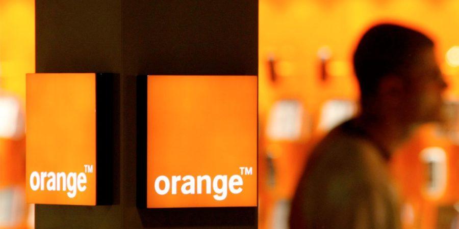 Orange dará servicio de telefonía móvil en todas las líneas del metro de Bilbao