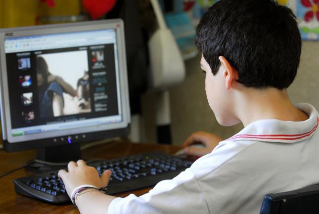 Menores de edad en riesgo de acoso por Internet