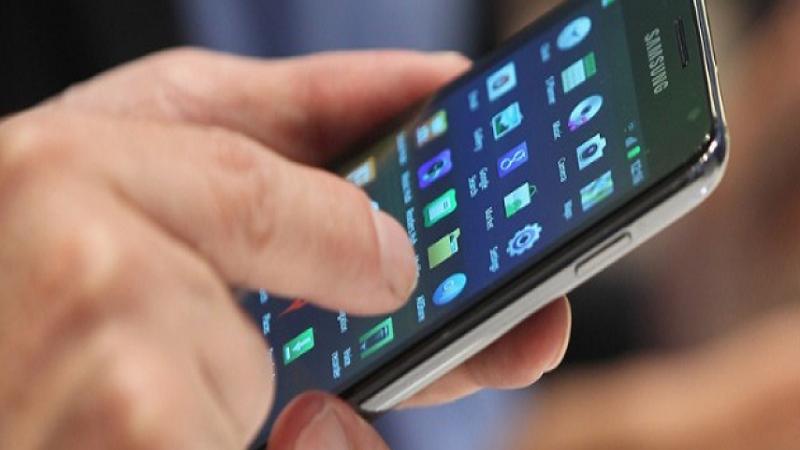1 de cada 3 creen que el teléfono perjudica sus relaciones sociales