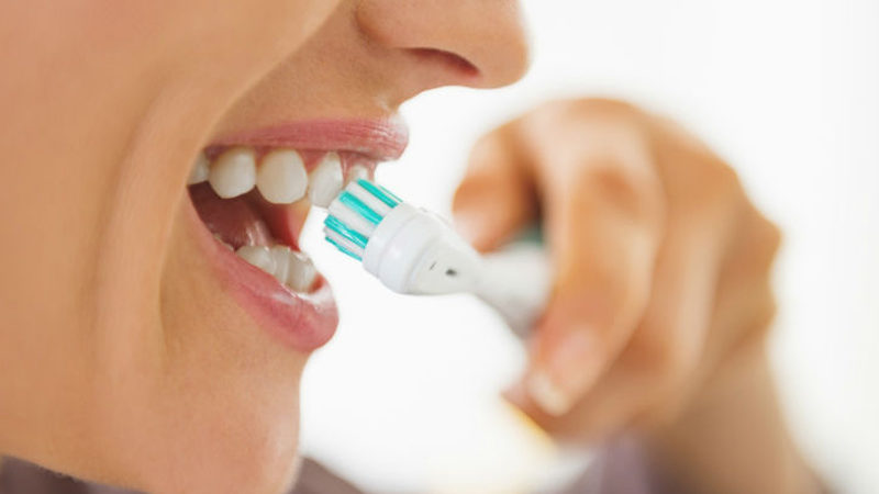 Dentistas en Alcalá de Henares explican la utilidad de las apps para mejorar la salud bucodental