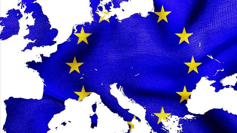 La Unión Europea quiere cobrar a grandes empresas una tasa digital del 3%
