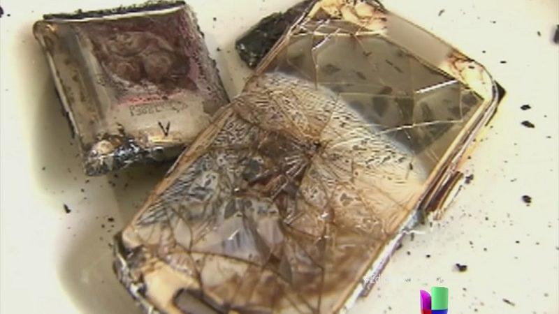 Una joven de 18 muere al ser electrocutada por su teléfono móvil