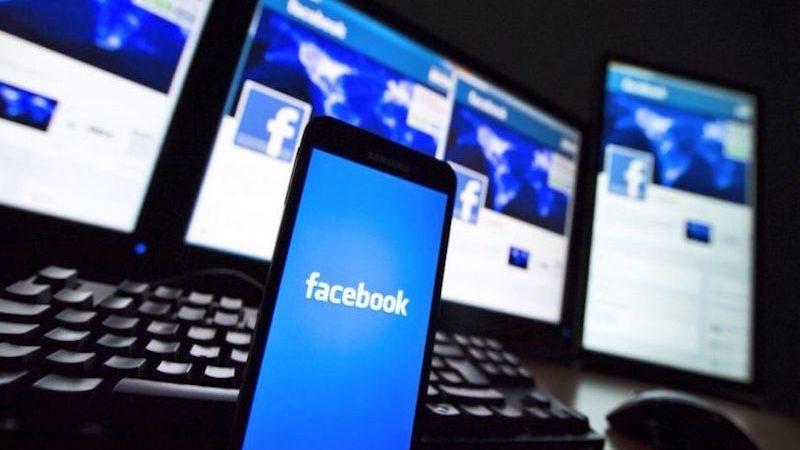 Facebook concede libre acceso de datos a fabricantes móviles