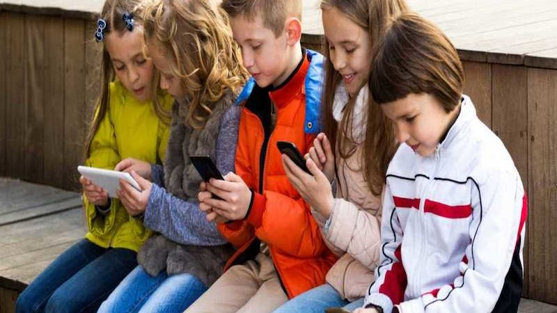 Orange ofrecerá nueva tarifa móvil 'Kids' para niños