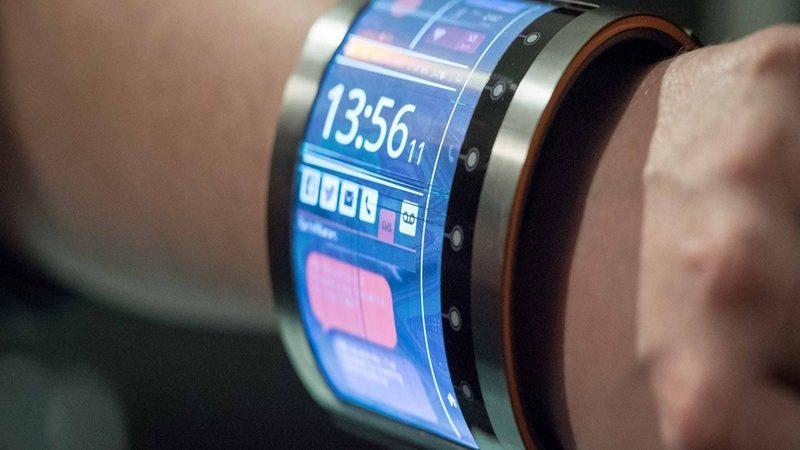 InnoLux lanzaría al mercado un smartwatch con pantalla flexible