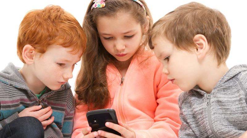 IAB Spain exije métodos que prueben la edad de los internautas