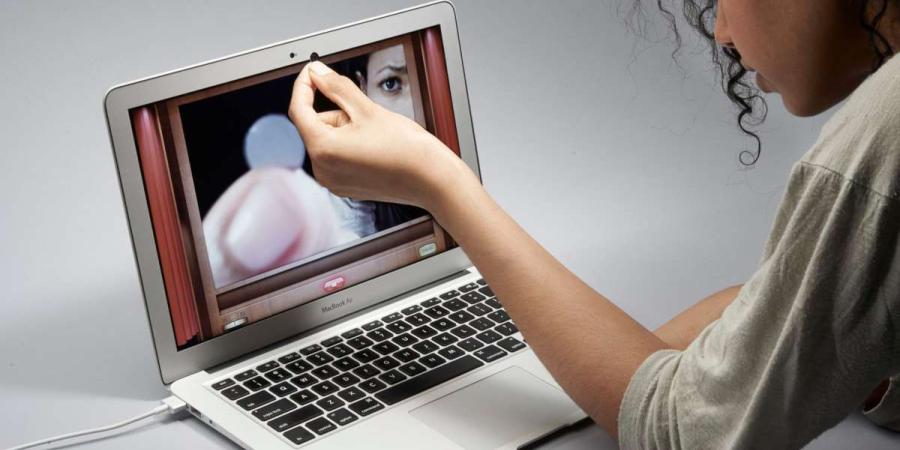 Por fin nadie podrá acceder a las webcams de los MacBook