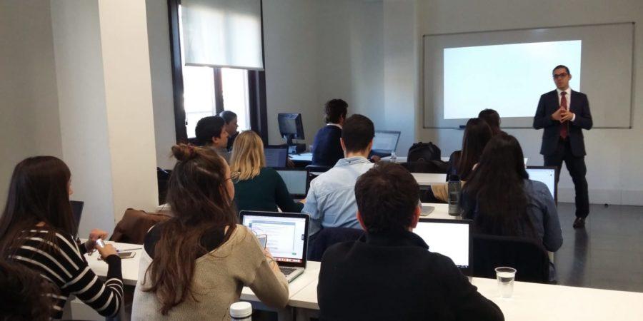El Máster Universitario (oficial) en Comunicación de la UCJC se hace más digital