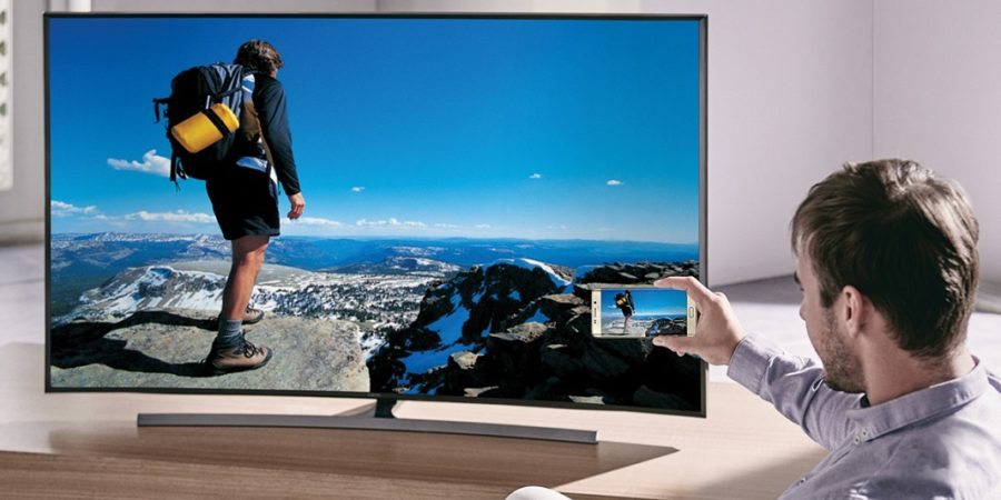 Los españoles seguimos consumiendo más televisión que Internet