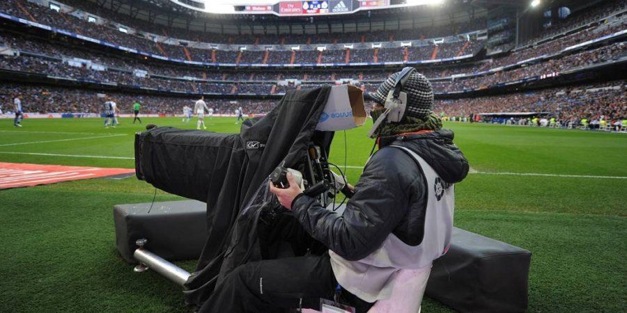 Los abonados al fútbol gastan 30 euros más al mes en telecos