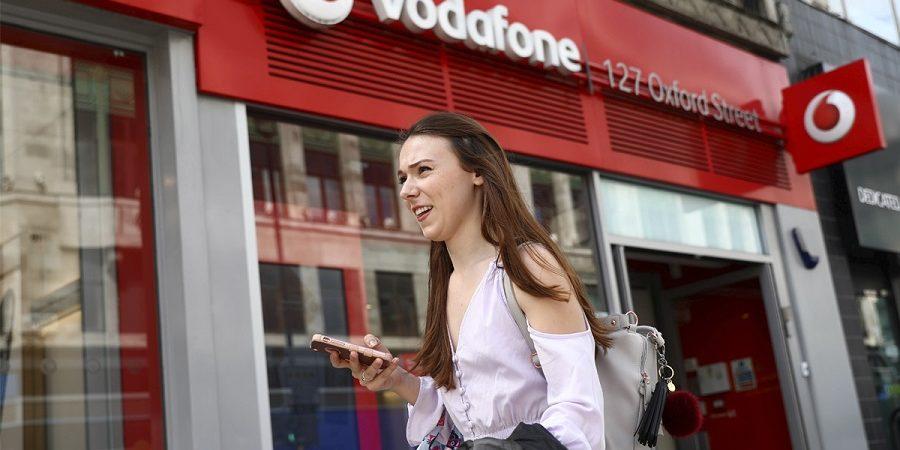 Vodafone se suma a las tarifas sociales con ofertas desde 10 euros