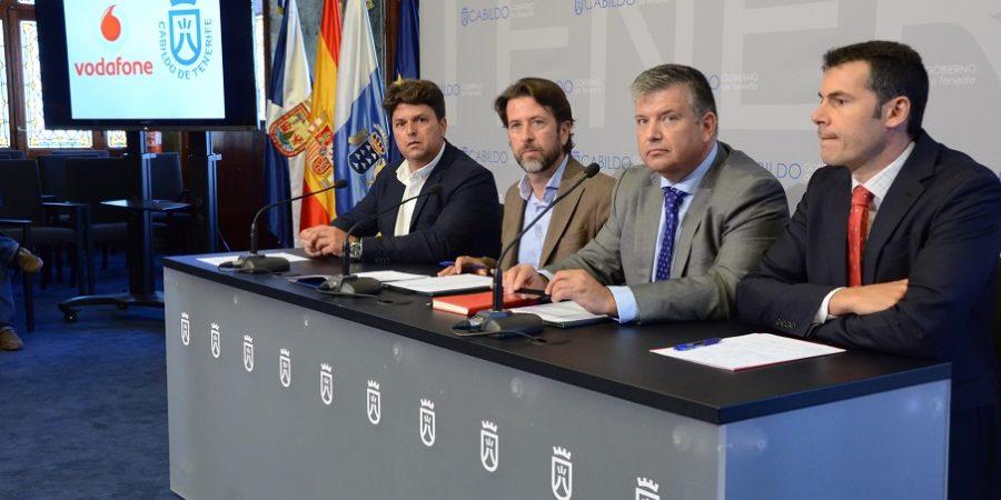 Vodafone conectará las Canarias con la península gracias a un cable submarino