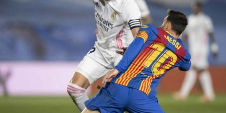 Operadoras y plataformas se preparan para negociar los derechos del fútbol
