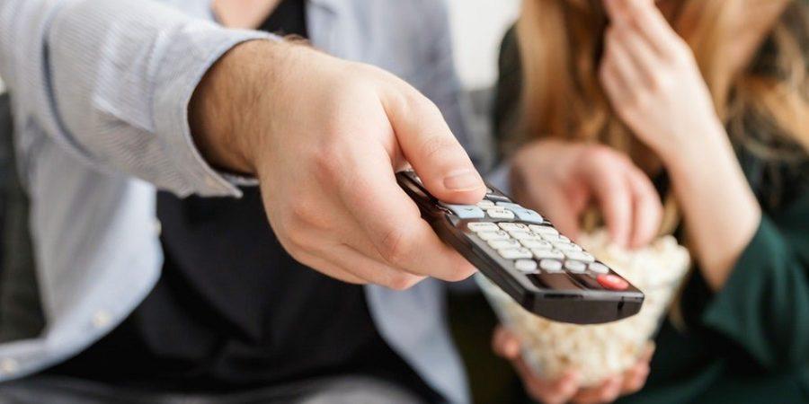 El 83% de los españoles ya accede a TV de pago en España